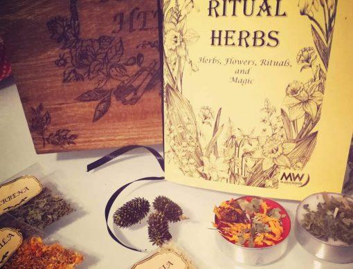 Ritual Herbs Box - TheMagicWood.com